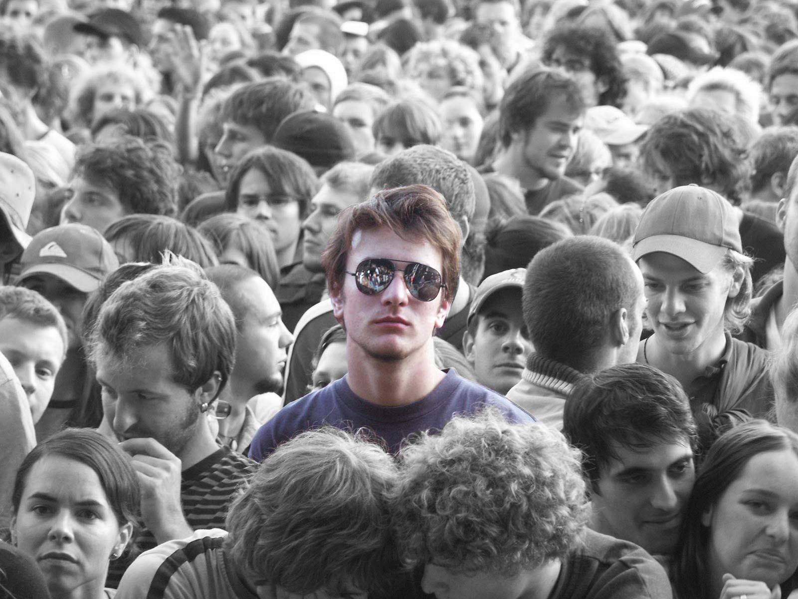 man in the crowd essay Crowds, being incapable both of reflection and of reasoning, are devoid of the notion of improbability and it is to be noted that in a general way it is the most improbable when applied to speculative activities this manifests itself in a crowd's unshakable confidence in the course of an asset price.